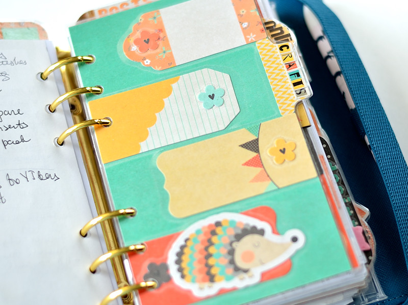 Seasonal fall planner decor by @s_shayevich. #planner #plannerdecor