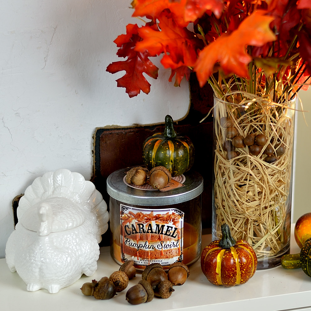 Fall and thanksgiving home decor tour video craft walks for Thanksgiving home decorations