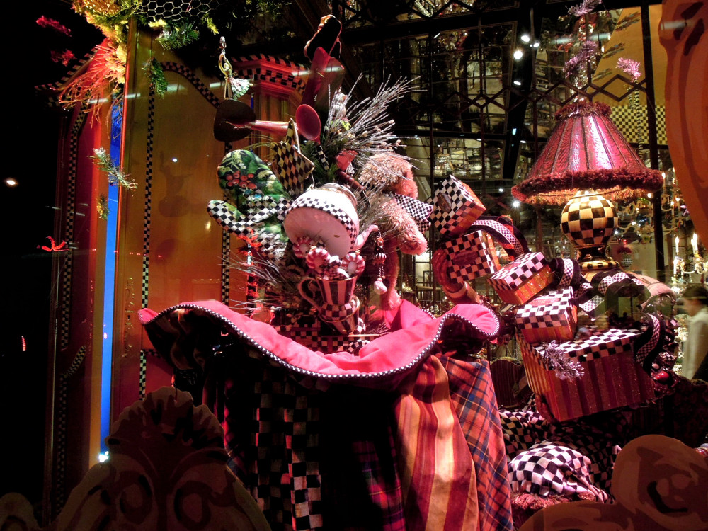City Walks, Christmas in New York 2016. part 5. MacKenzie-Childs Holiday Windows