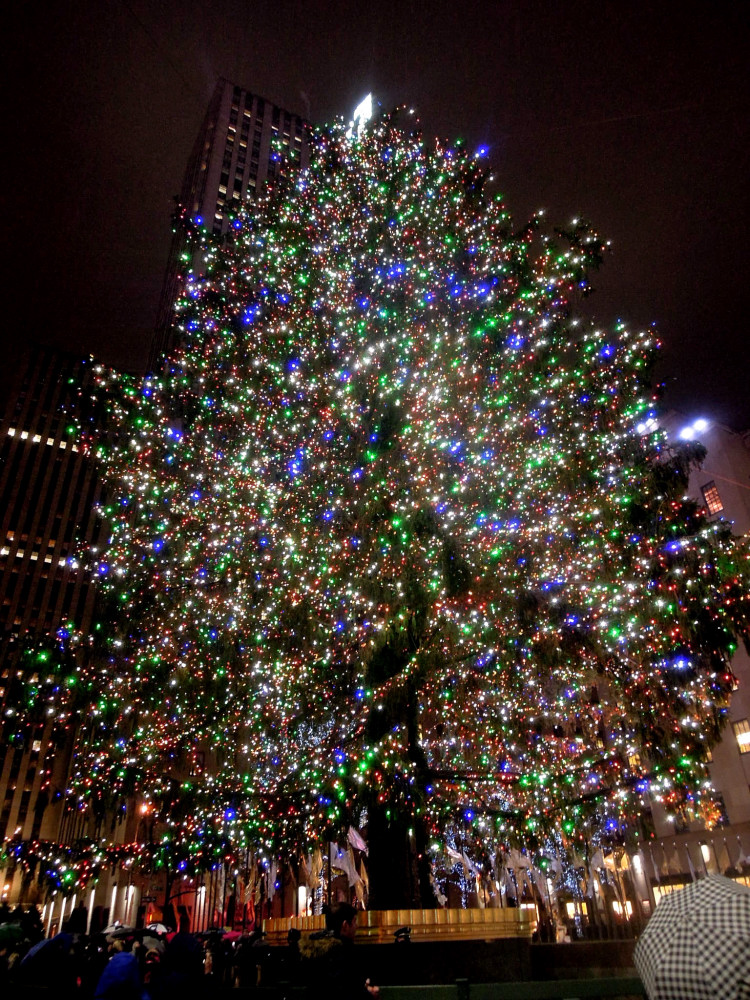 City Walks, Christmas in New York 2016. part 5. Rockefeller Center Tree