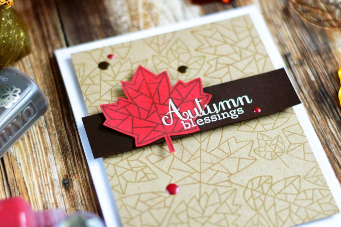 Create an easy and fun geometric background using Simon Says Stamp Fractile Leaf Stamp Set. Card by @craftwalks