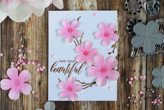 Altenew Build-A-Flower Sakura Blossom. Card by @craftwalks
