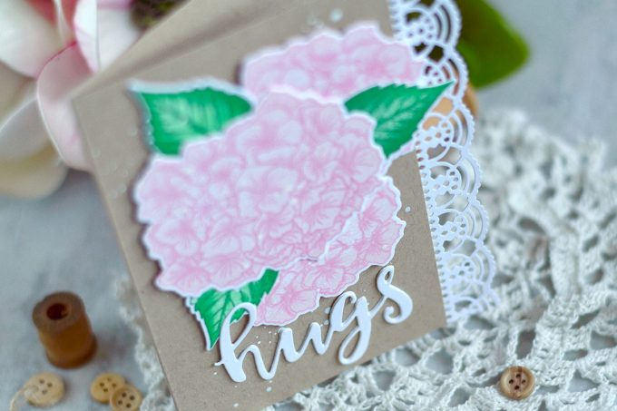 Soft and elegant Altenew Garden Hydrangea. Card by @craftwalks #card #cardmaking #altenew #hydrangea