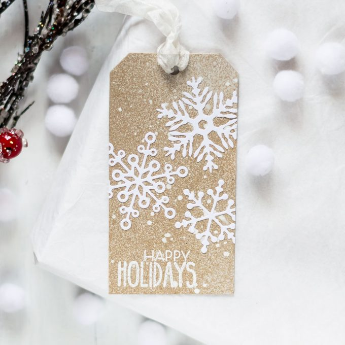 Christmas tag with Altenew Layered Snowflakes. Tag by Svitlana Shayevich