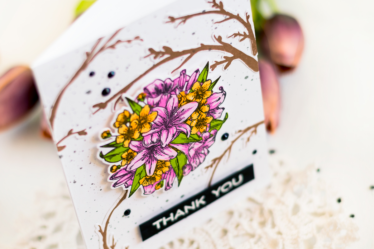 Floral card with Altenew Pretties Pomander. . Card by Svitlana Shayevich