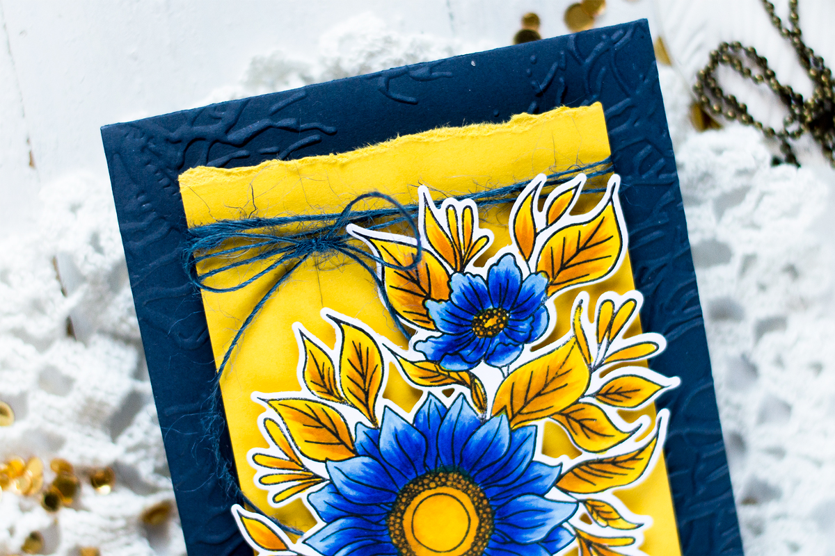 Easy Bold Duo-Chromatic Card. Card by Svitlana Shayevich